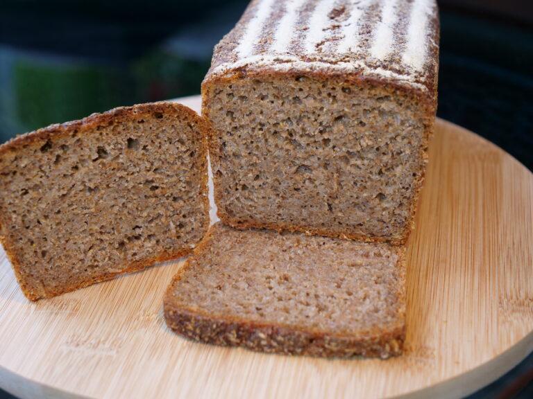 Chleb razowy więzienny - Żytni razowy na zakwasie